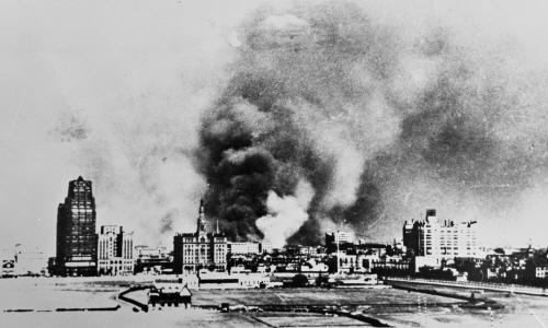 2.불타는 상하이의 모습.jpg